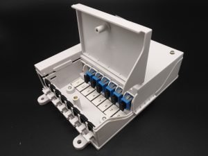 8 core plastic white FTTH Fiber Optical distribution Box for 8 drop cable port